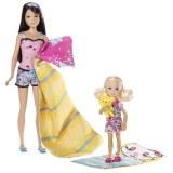 Barbie et ses soeurs - Skipper et chelsea font du camping V4397