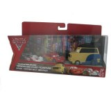 Cars 2 - Coffret 3 Vehicules : Pinion Tanaka/Flash McQueen/Shu Todoroki