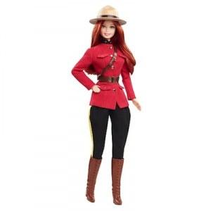 Barbie du monde Canada X8422
