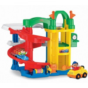 Fisher Price Little People le nouveau garage des découvertes L1343